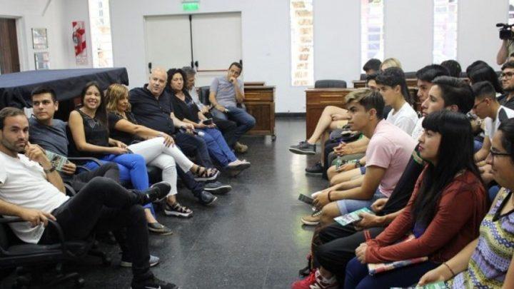"""EN EL MUNICIPIO DE MERLO""""Jóvenes parlamentarios"""" impulsan proyectos que luego se plasman en la gestión municipal"""