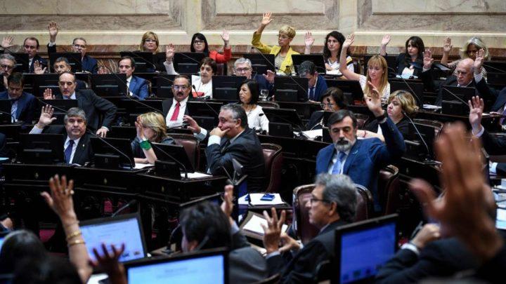 Antes del comienzo de la sesión fueron ratificadas las autoridadesEl senado aprobó los doce pliegos de embajadores y diplomáticos