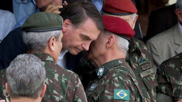 De los 22 ministerios, nueve son ocupados por militaresLa militarización del gobierno brasileño