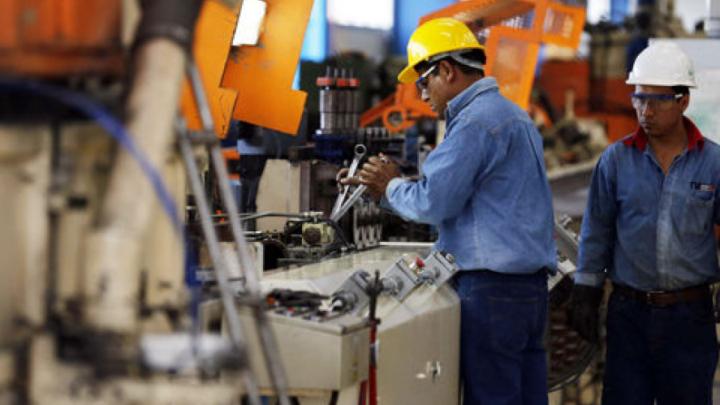 En tres tramosEl Gobierno oficializó el aumento del salario mínimo, vital y móvil