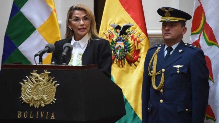 Llamados a movilizaciones popularesMientras en Bolivia se acumulan los cadáveres, Yeanine Añez busca suspender las elecciones