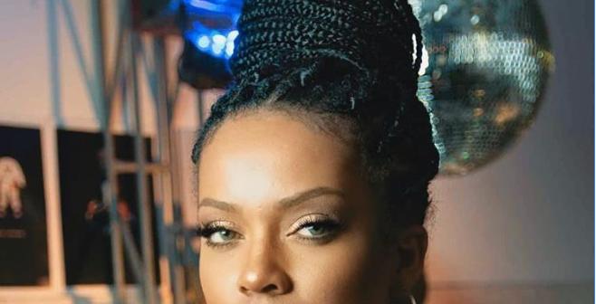 Trendic TopicUna joven es furor en TikTok por su parecido con Rihanna