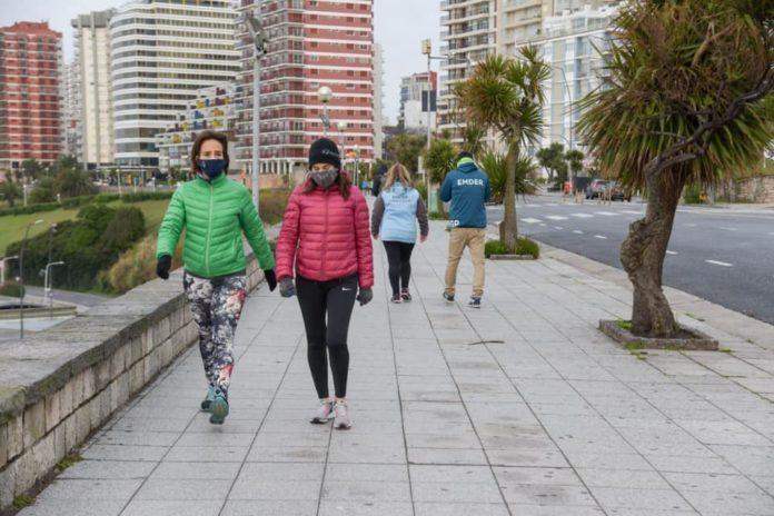 El Intendente Montenegro tuvo que aceptar la realidadCon suba de casos y médicos y enfermeros afectados por Covid-19, Mar del Plata volverá a la fase tres