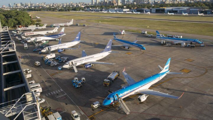 Ahora afirman que será el 12 de octubreVuelven a aplazar el regreso de los vuelos de cabotaje
