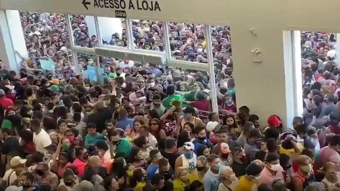 La cadena Havan enBrasilEscándalo por una impresionante avalancha de gente en un shopping