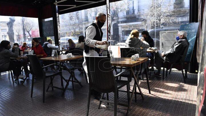 El ministro de Salud porteño, Fernán QuirósLa Ciudad de Buenos Aires buscará avanzar con reaperturas de lugares cerrados