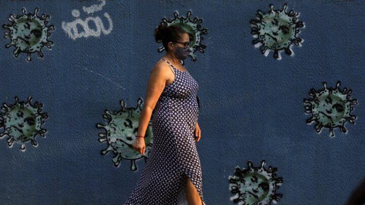 Coronavirus: En qué momento deja de contagiar una persona con COVID-19