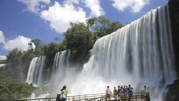 TurismoSemana Santa: 1,9 millones de turistas viajaron por el país y gastaron $11.400 millones