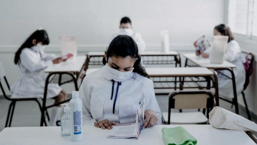 Buenos AiresKicillof afirmó que los casos se estabilizan pero se mantienen las medidas de restricción