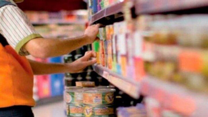 ConsumoSuma apoyos el acuerdo de precios para bajar el valor de la canasta básica