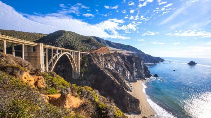 Tres imperdibles road trips en CaliforniaÁrboles gigantes, tours cerveceros y cuevas volcánicas: