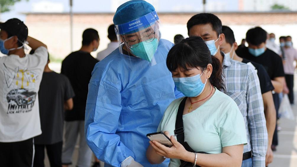ChinaAlarma por los primeros casos de coronavirus en Beijing en 179 días