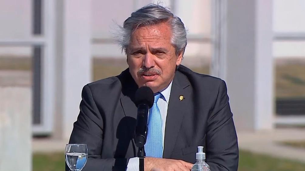 PresidenteAlberto Fernández: «Cumpliré con mi compromiso de poner a la Argentina de pie»