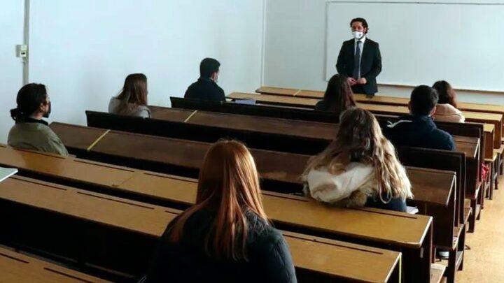 Ministerio de EducaciónAutorizaron el retorno a la presencialidad plena en las universidades