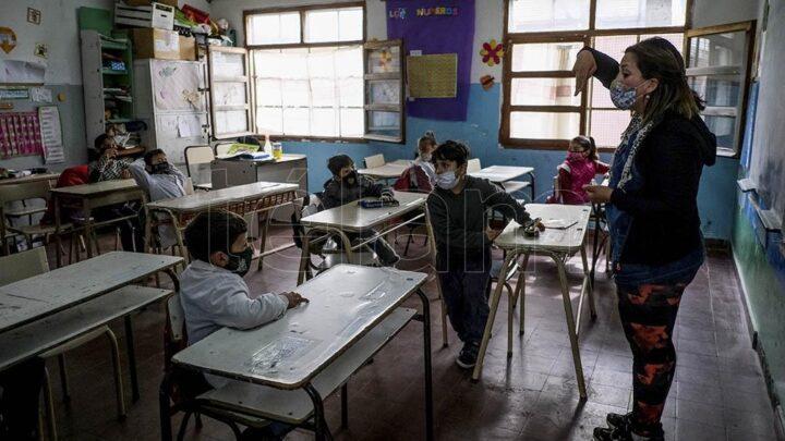 """""""Programa para la intensificación de la enseñanza +ATR""""Convocan a docentes jubilados para las clases a contraturno en provincia de Buenos Aires"""