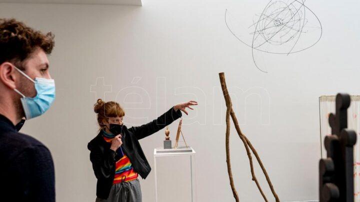 Artes PlásticasLa galería Ruth Benzacar se reinventa y presenta muestra colectiva mutante con obras de 30 artistas