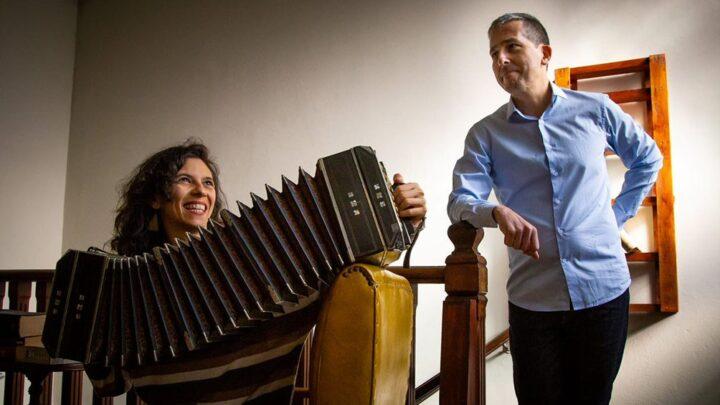 MúsicaDamián Fontenla y Los Presentes lanzan su primer disco, entre tangos y boleros