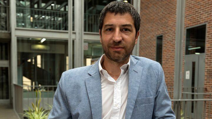Entrevista a Leandro VecinoSer docente en pandemia, una experiencia inédita llena de angustias, dudas y aprendizajes